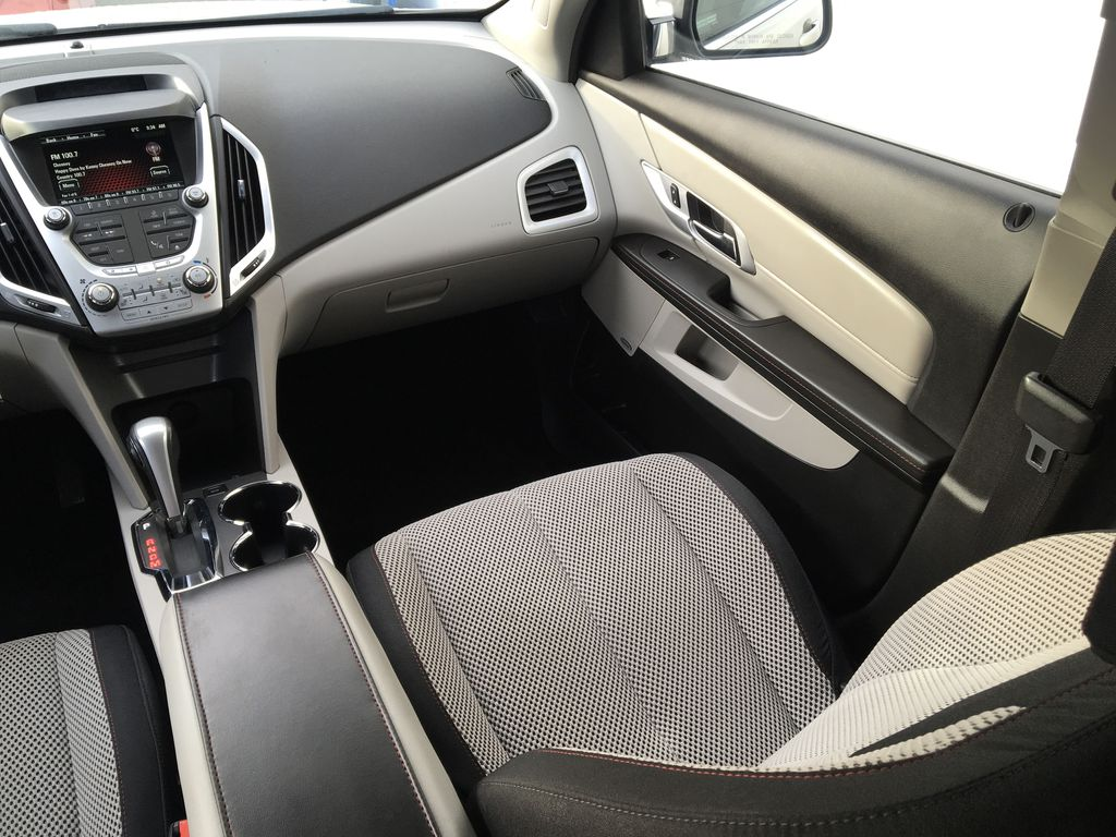 Champagne 2015 GMC Terrain Right Side Front Seat  Photo in Kelowna BC