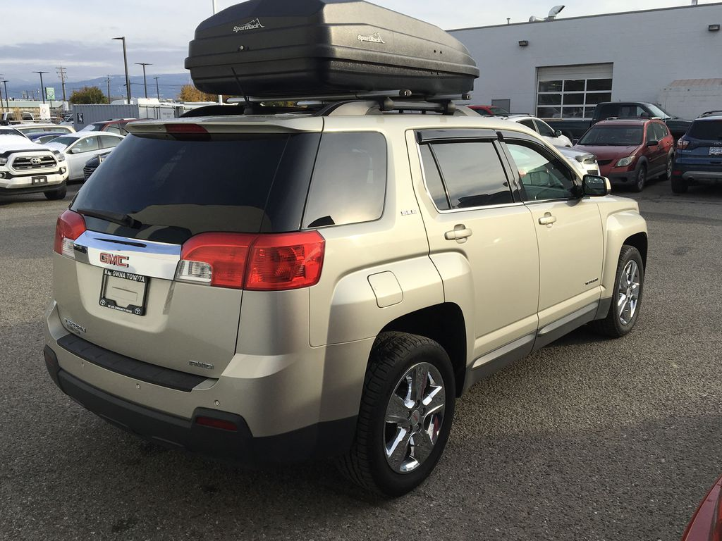 Champagne 2015 GMC Terrain Right Rear Corner Photo in Kelowna BC
