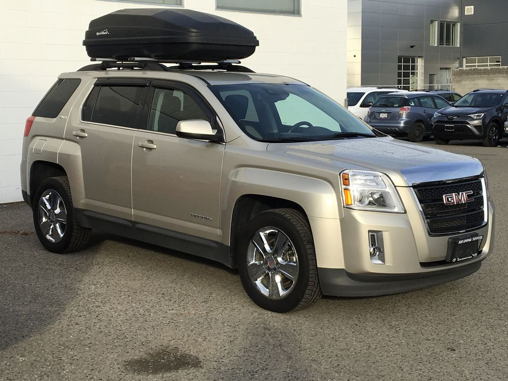 Champagne 2015 GMC Terrain Right Front Corner Photo in Kelowna BC