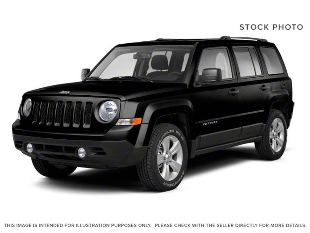 Black[Brilliant Black Crystal Pearl] 2010 Jeep Patriot