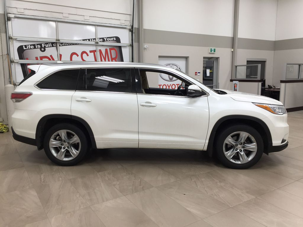 2014 Toyota Highlander LIMITED / SUNROOF Right Side Photo in Sherwood Park AB