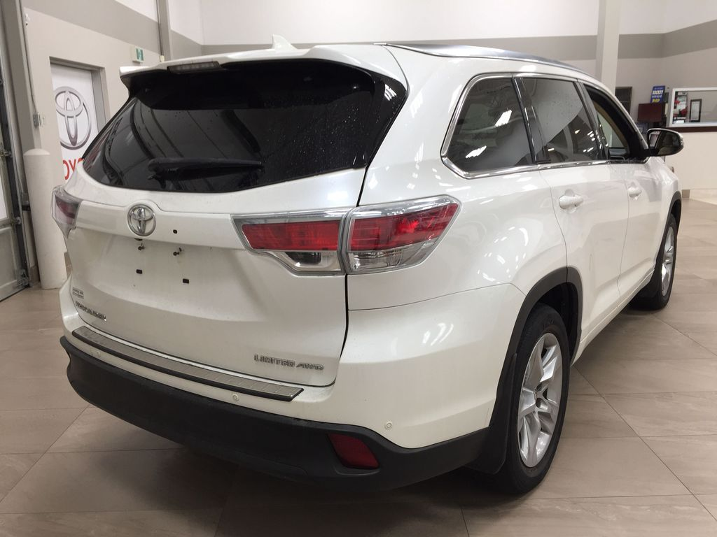 2014 Toyota Highlander LIMITED / SUNROOF Right Rear Corner Photo in Sherwood Park AB