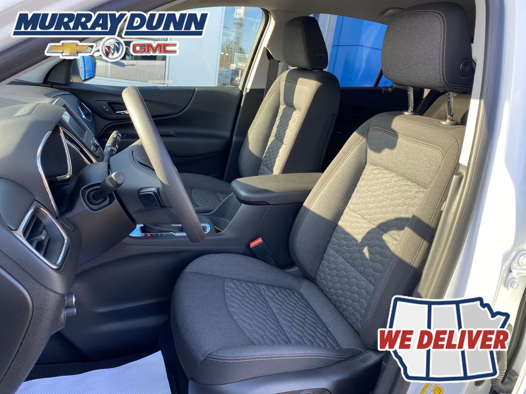 Summit Qhite 2021 Chevrolet Equinox LT Driver's Seat Back Photo in Nipawin SK