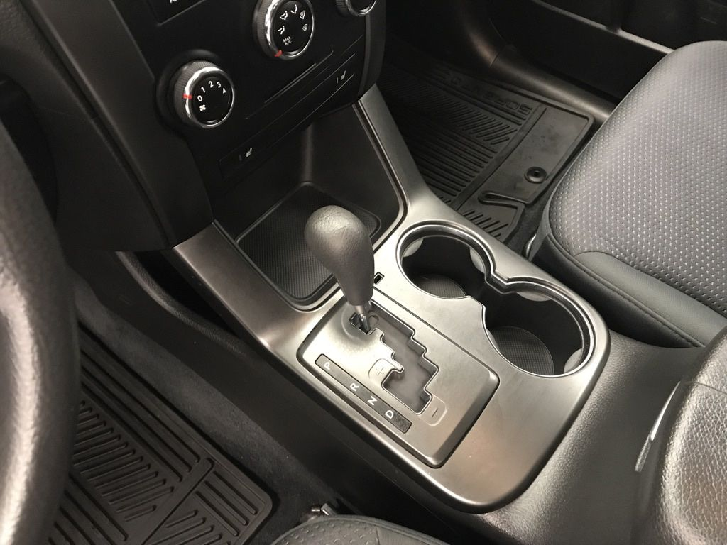 Blue 2011 Kia Sorento Central Dash Options Photo in Lethbridge AB