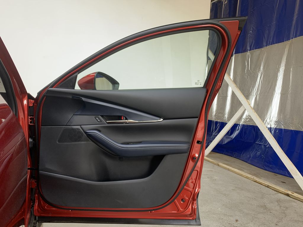 SOUL RED CRYSTAL METALLIC(46V) 2021 Mazda CX-30 GS-L AWD Right Front Interior Door Panel Photo in Edmonton AB
