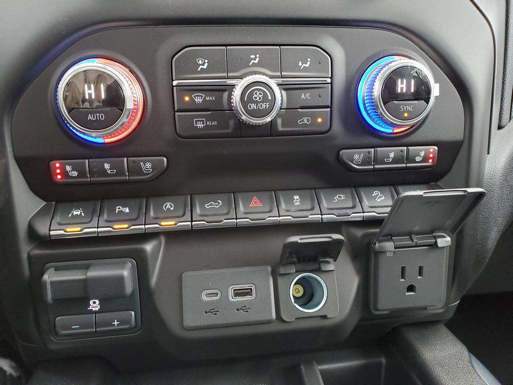Black 2021 GMC Sierra 1500 Central Dash Options Photo in Airdrie AB