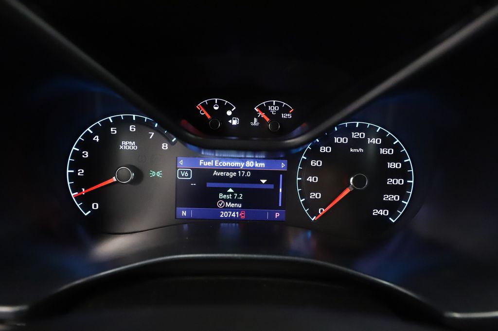 Blue 2019 GMC Canyon Central Dash Options Photo in Lethbridge AB