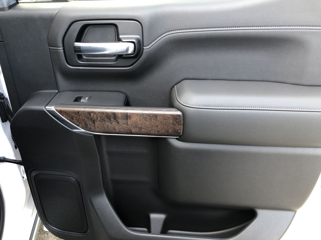 White[White Frost Tricoat] 2021 GMC Sierra 1500 Denali Right Rear Interior Door Panel Photo in Canmore AB