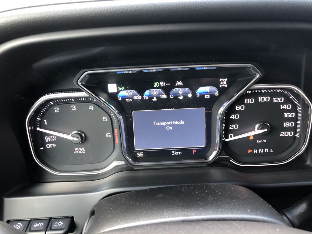 White[White Frost Tricoat] 2021 GMC Sierra 1500 Denali Central Dash Options Photo in Canmore AB