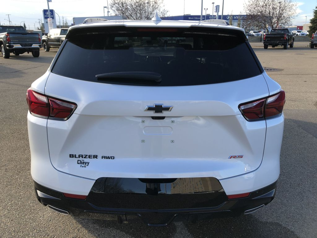 White[Iridescent Pearl Tricoat] 2021 Chevrolet Blazer Rear of Vehicle Photo in Edmonton AB
