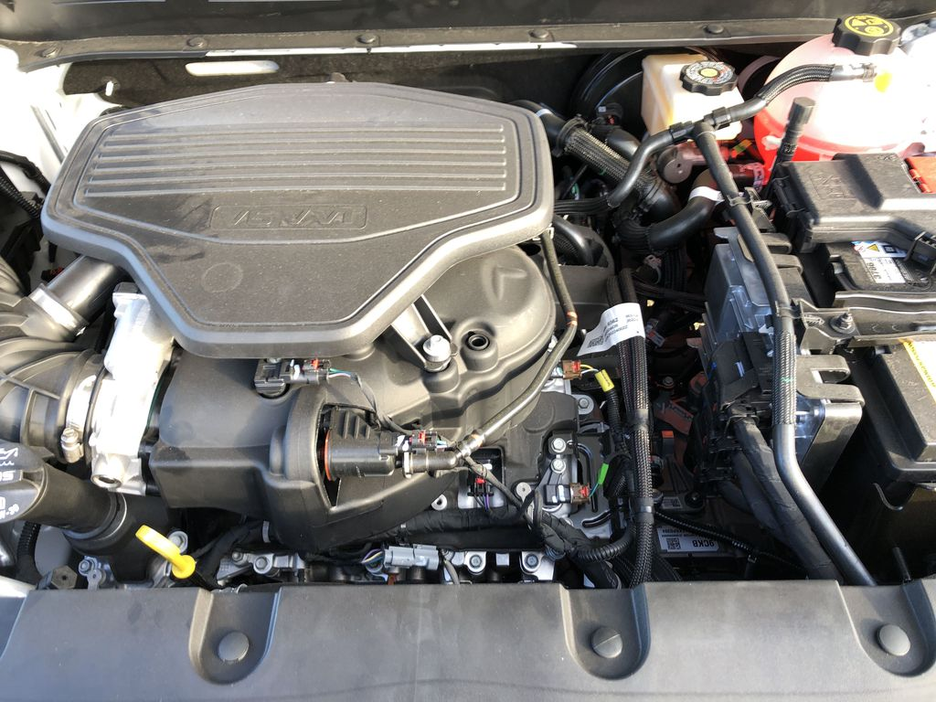 White[Iridescent Pearl Tricoat] 2021 Chevrolet Blazer Engine Compartment Photo in Edmonton AB