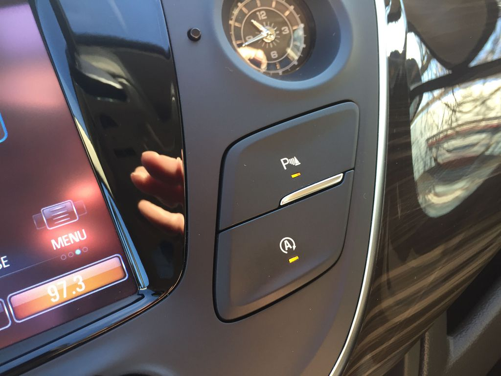 BLACK 2019 Buick Envision Odometer Photo in Oshawa ON