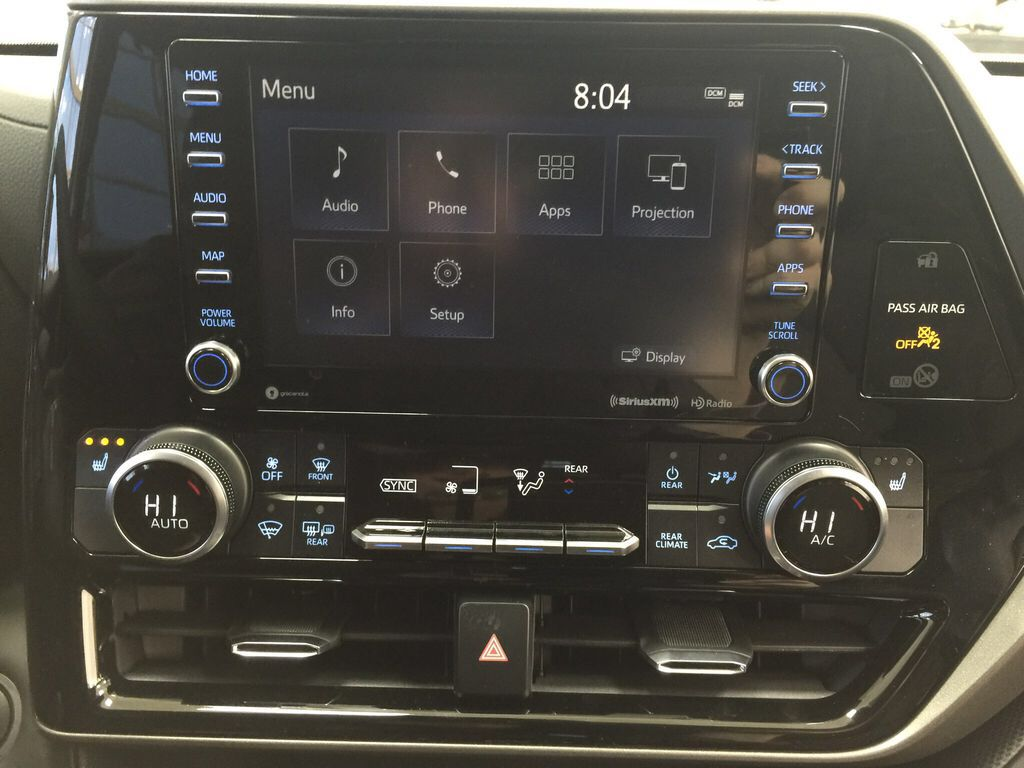 Red[Ruby Flare Pearl] 2021 Toyota Highlander XLE Infotainment Closeup Photo in Sherwood Park AB