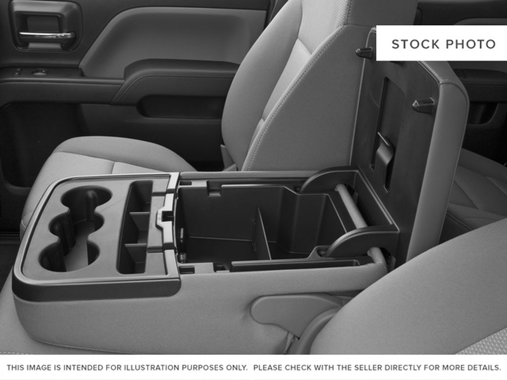 2016 Chevrolet Silverado 1500 Center Console Photo in Medicine Hat AB
