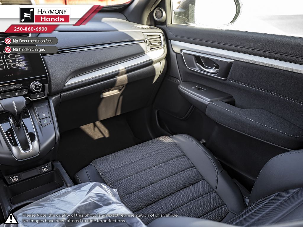 GREY NH-877P 2020 Honda CR-V Right Side Front Seat  Photo in Kelowna BC