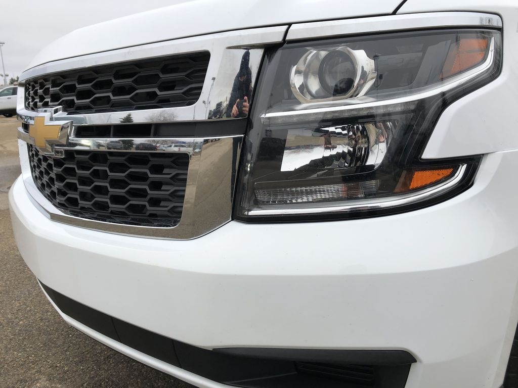 White[Summit White] 2019 Chevrolet Suburban Left Front Head Light / Bumper and Grill in Edmonton AB