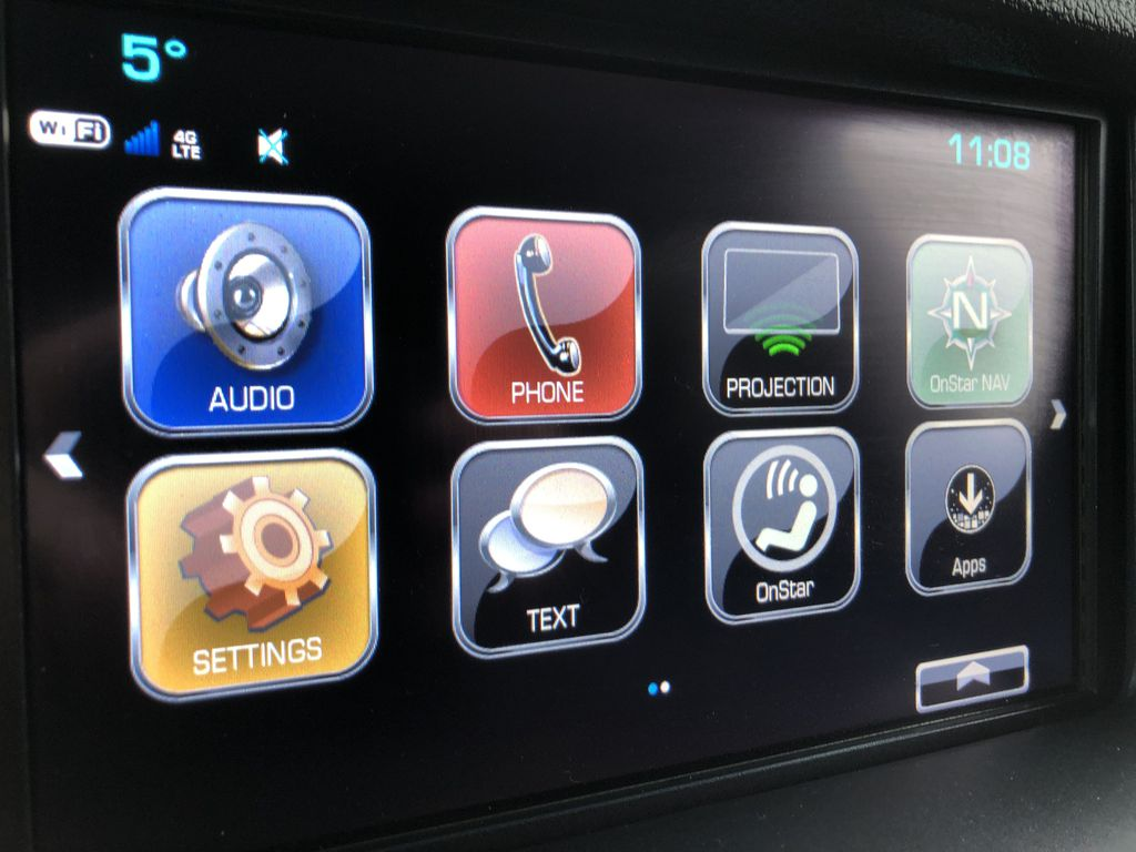 White[Summit White] 2019 Chevrolet Suburban Radio Controls Closeup Photo in Edmonton AB