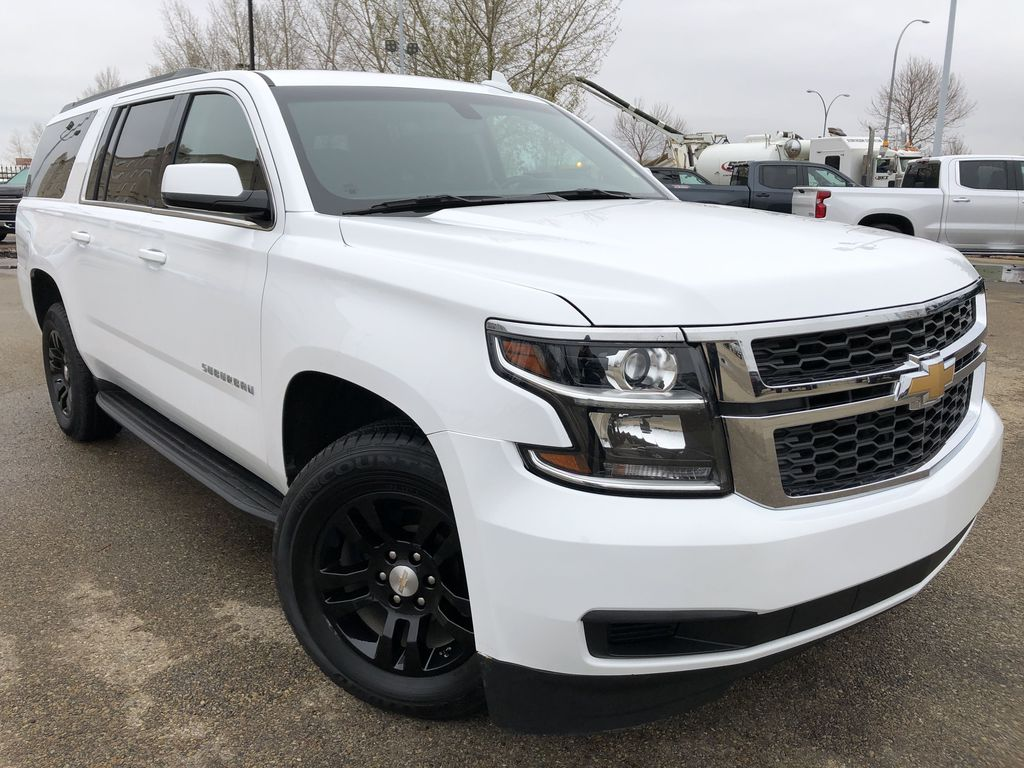 White[Summit White] 2019 Chevrolet Suburban