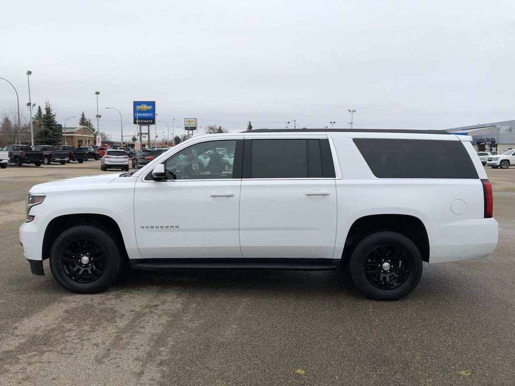 White[Summit White] 2019 Chevrolet Suburban Left Side Photo in Edmonton AB