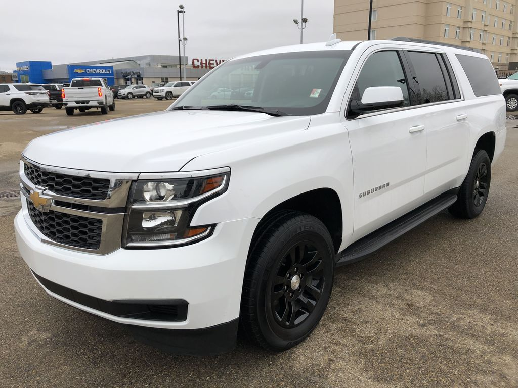 White[Summit White] 2019 Chevrolet Suburban Left Front Corner Photo in Edmonton AB