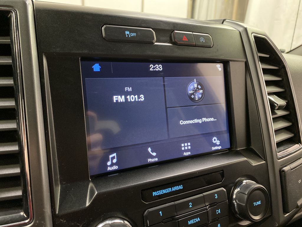 White[Oxford White] 2019 Ford F-150 Radio Controls Closeup Photo in Dartmouth NS