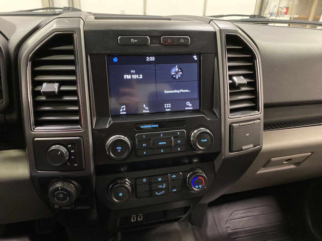 White[Oxford White] 2019 Ford F-150 Central Dash Options Photo in Dartmouth NS