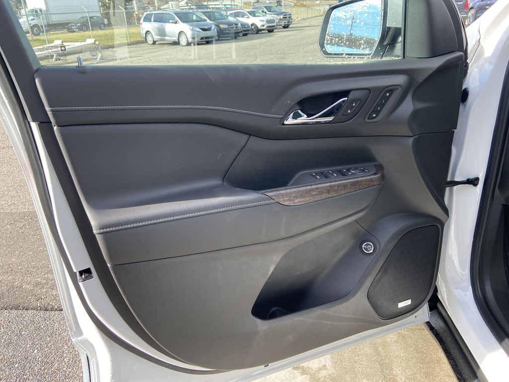 White[White Frost Tricoat] 2021 GMC Acadia Denali Left Front Interior Door Panel Photo in Calgary AB