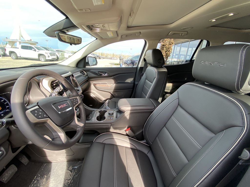 White[White Frost Tricoat] 2021 GMC Acadia Denali Left Front Interior Photo in Calgary AB