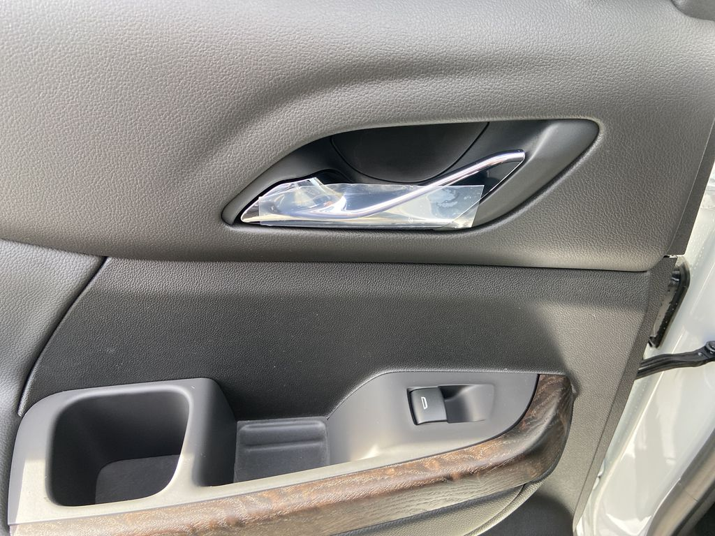 White[White Frost Tricoat] 2021 GMC Acadia Denali LR Door Panel Ctls Photo in Calgary AB