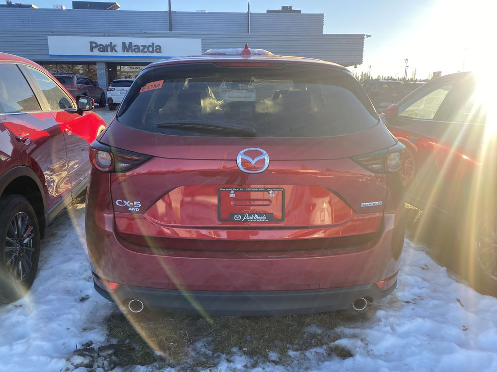 SOUL RED CRYSTAL METALLIC(46V) 2021 Mazda CX-5 GX AWD Left Front Interior Door Panel Photo in Edmonton AB