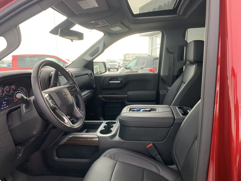 Red[Cajun Red Tintcoat] 2020 Chevrolet Silverado 1500 Front Vehicle Photo in Fort Macleod AB