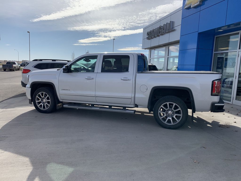 White[White Frost Tricoat] 2017 GMC Sierra 1500 Left Front Head Light / Bumper and Grill in Fort Macleod AB