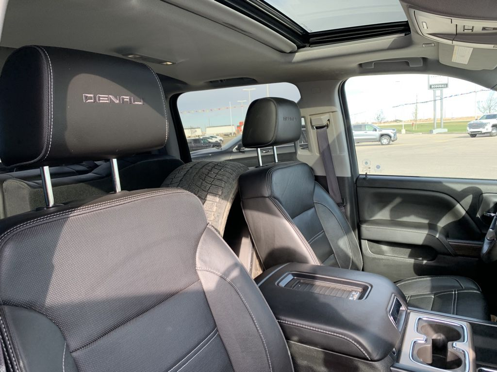 White[White Frost Tricoat] 2017 GMC Sierra 1500 Driver's Side Door Controls Photo in Fort Macleod AB
