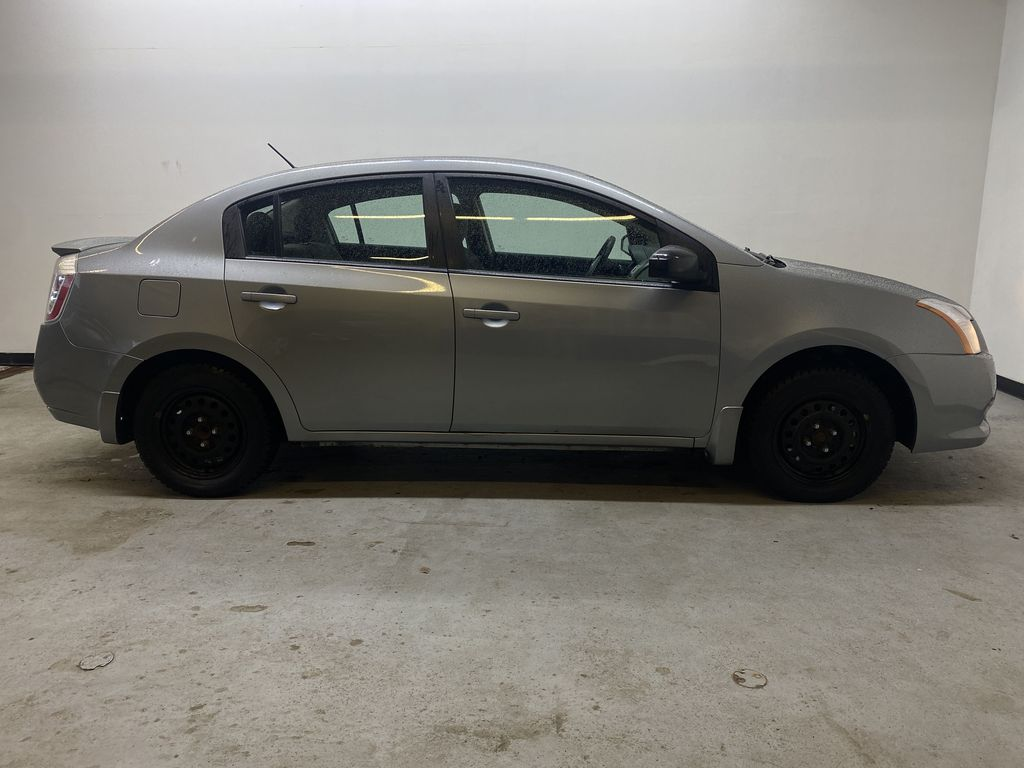 M.GREY 2012 Nissan Sentra 2.0 - Air Conditioning, AM/FM Stereo, CD/AUX Audio Right Side Photo in Edmonton AB