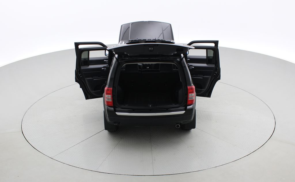 Black[Black] 2015 Jeep Patriot Limited 4WD - Leather, Sunroof, Navigation, Bluetooth Rear of Vehicle Photo in Winnipeg MB