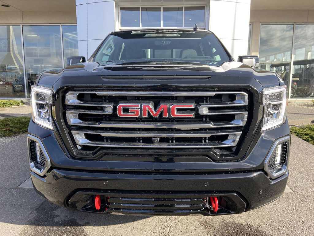 Black[Onyx Black] 2021 GMC Sierra 1500 AT4 Front Vehicle Photo in Calgary AB