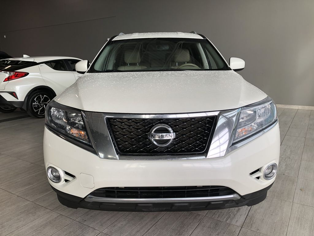 White 2015 Nissan Pathfinder SL 7-Passenger 4WD Odometer Photo in Edmonton AB