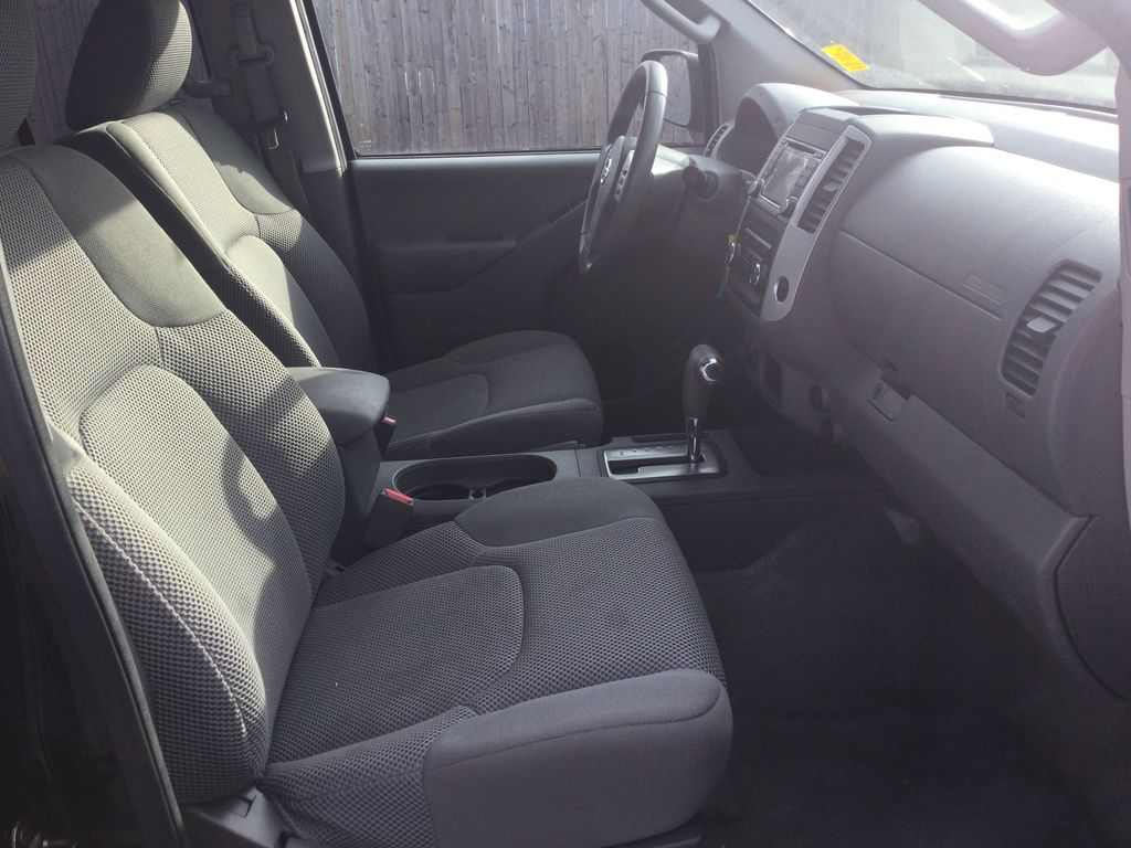2016 NISSAN FRONTIER S Right Side Front Seat  Photo in Brockville ON