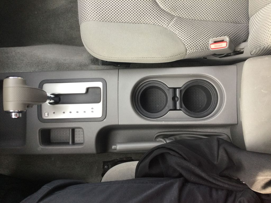 2016 NISSAN FRONTIER S Center Console Photo in Brockville ON