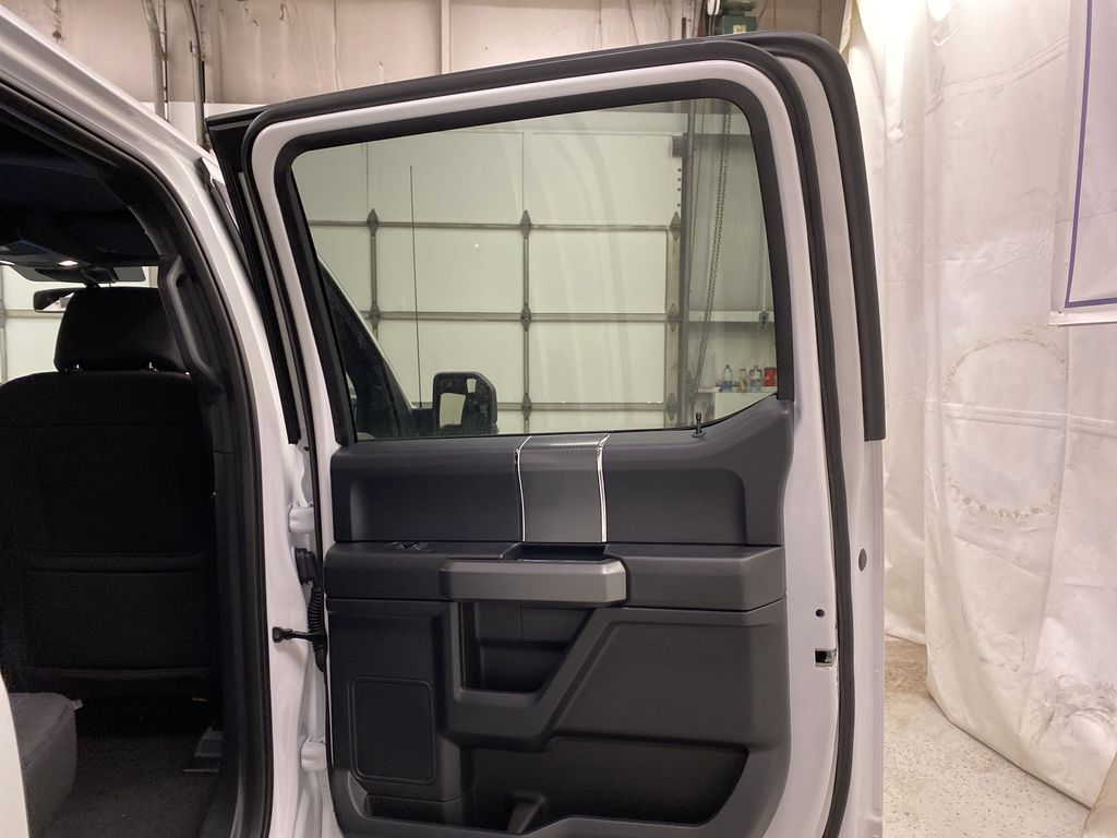 White[Oxford White] 2020 Ford F-150 Right Rear Interior Door Panel Photo in Dartmouth NS