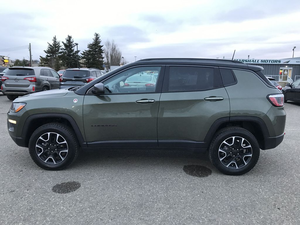 Green 2019 Jeep Compass Trailhawk 4x4 *Back-Up Cam** Heated Seats**Bluetooth** Left Side Photo in Brandon MB