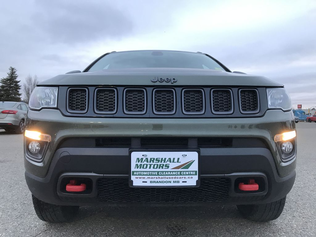 Green 2019 Jeep Compass Trailhawk 4x4 *Back-Up Cam** Heated Seats**Bluetooth** Left Front Head Light / Bumper and Grill in Brandon MB