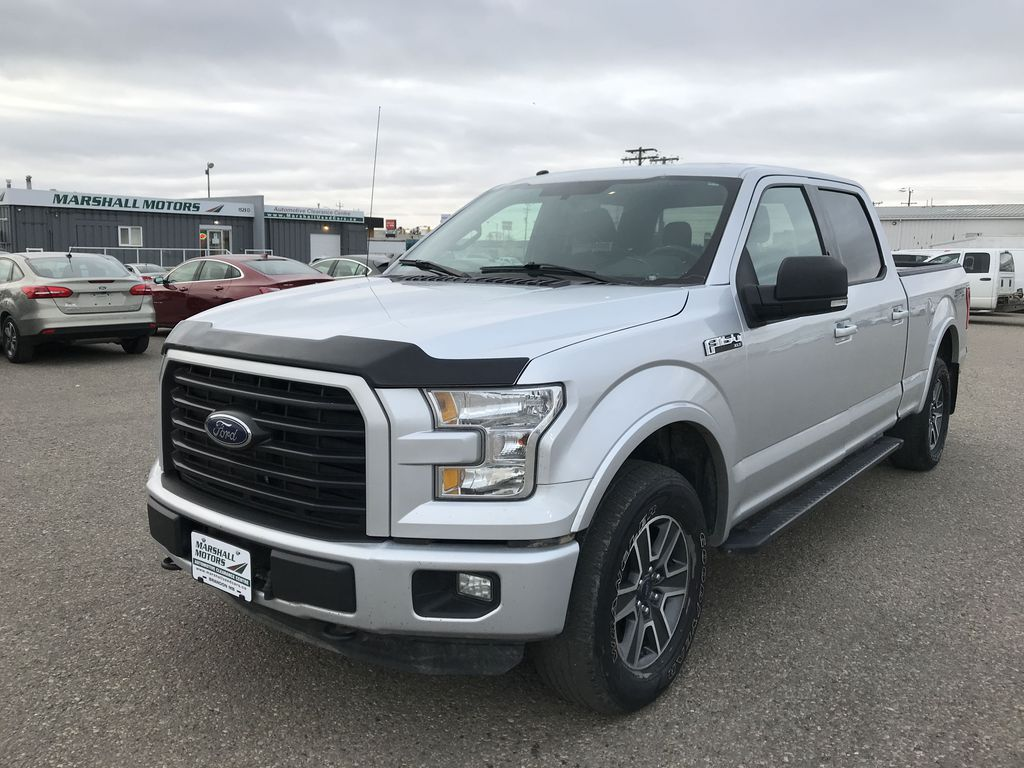 """Gray 2016 Ford F-150 4WD SuperCrew 157"""" XLT *Tow Package**Back-Up Cam*"""