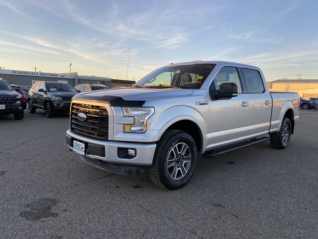 "Gray 2016 Ford F-150 4WD SuperCrew 157"" XLT *Tow Package**Back-Up Cam*"