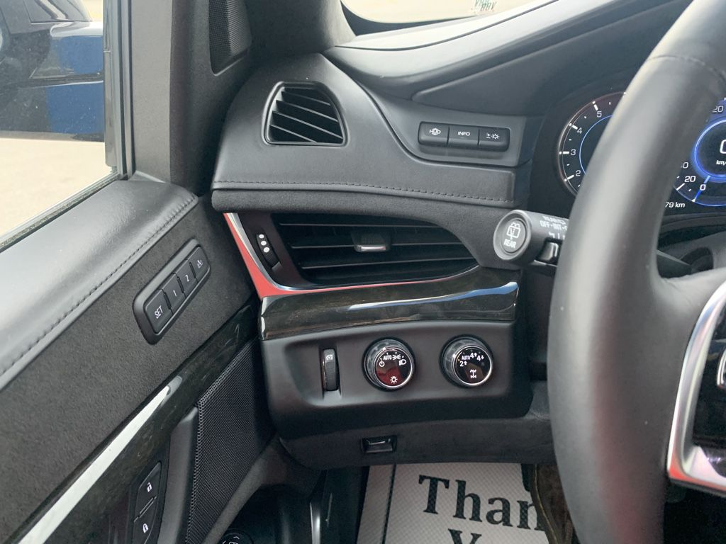 Black[Black Raven] 2018 Cadillac Escalade ESV Front Vehicle Photo in Fort Macleod AB