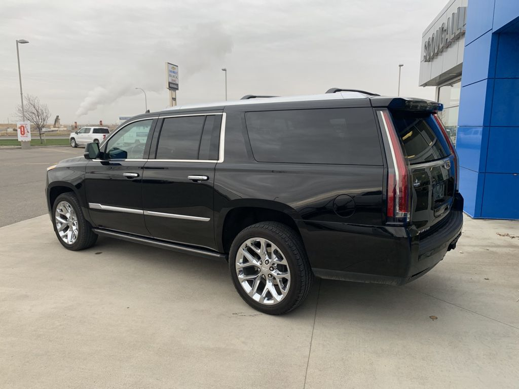 Black[Black Raven] 2018 Cadillac Escalade ESV Left Front Head Light / Bumper and Grill in Fort Macleod AB