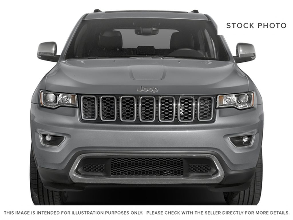2017 Jeep Grand Cherokee Front Vehicle Photo in Medicine Hat AB