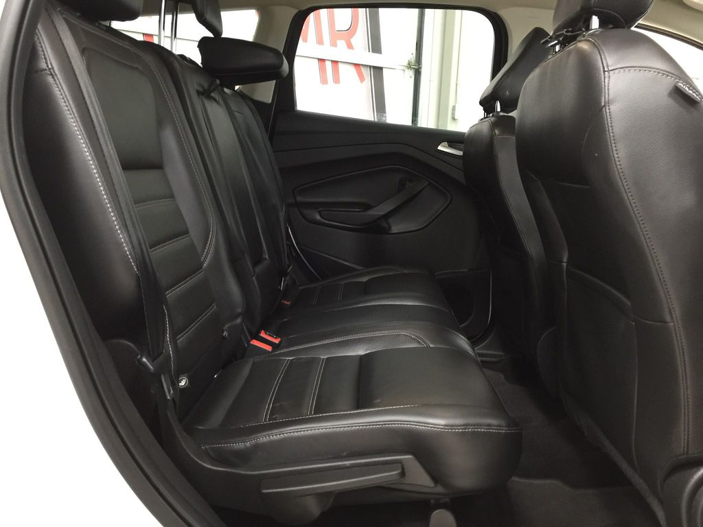 White[Oxford White] 2018 Ford Escape SEL AWD Right Side Rear Seat  Photo in Sherwood Park AB