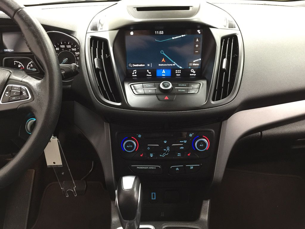 White[Oxford White] 2018 Ford Escape SEL AWD Central Dash Options Photo in Sherwood Park AB