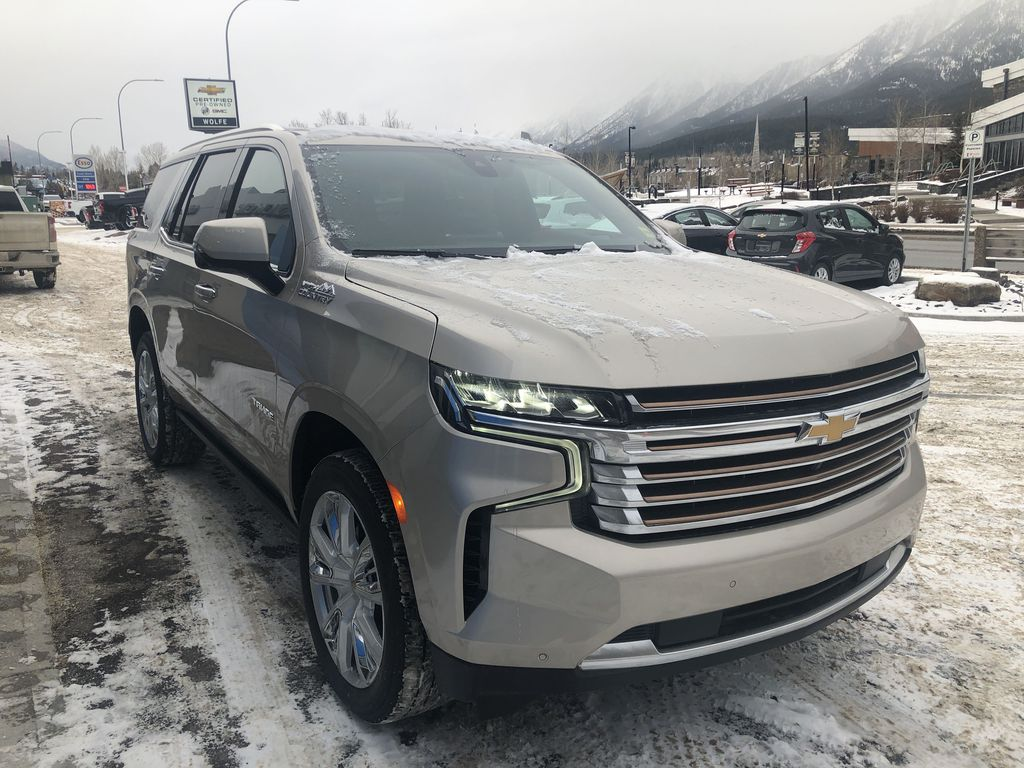 Tan[Empire Beige Metallic] 2021 Chevrolet Tahoe High Country